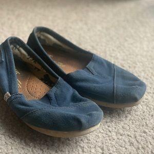 Navy Blue Toms 6W